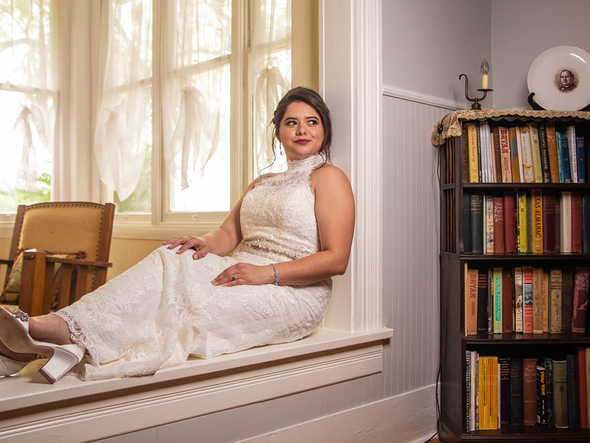 the bryan house indoor bridal shoot