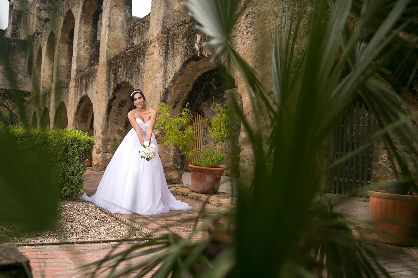 san antonio missions bridal photo